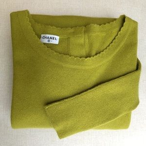 Authentic Chanel chartreuse green cashmere sweater